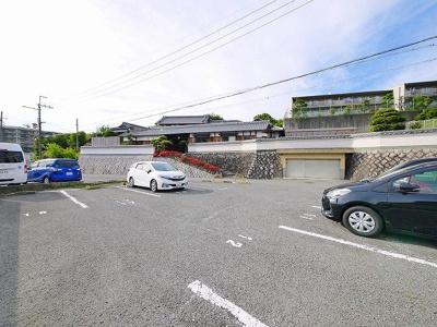 【駐車場】メゾン東生駒