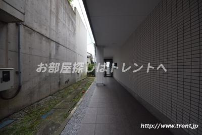 【エントランス】センタービレッジ千駄木