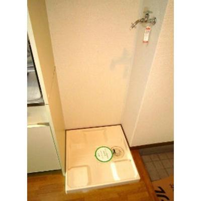 大塚ビル2の洗濯機置場