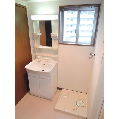 サングリーン新宿の洗濯機置場