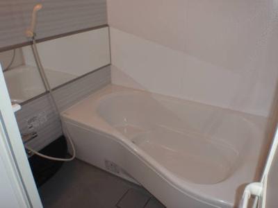 クロシェットBの風呂