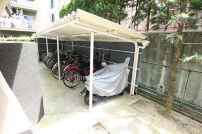 屋根付き駐輪場・バイク置場