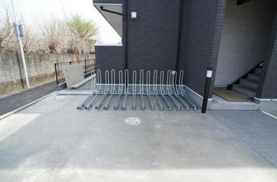 リブリ・アイリスの駐輪場