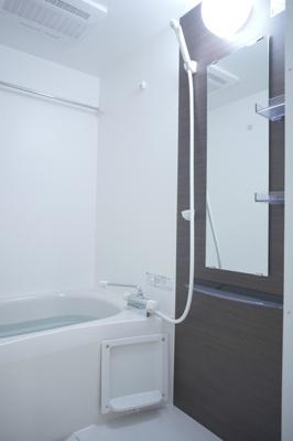 リブリ・エムズの浴室
