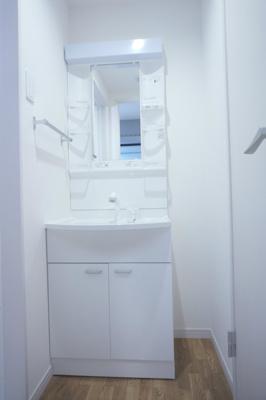 リブリ・エムズの独立洗面台