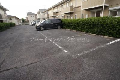 【駐車場】ヴィラ松前台A