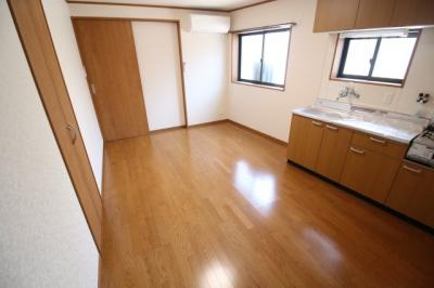 【居間・リビング】海運町8丁目テラスハウス