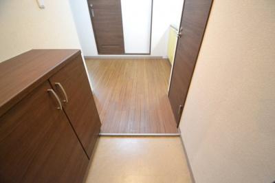 【玄関】セレブコート2