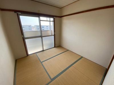 【内装】富田第二住宅64号棟 株式会社Roots