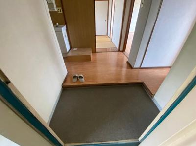 【玄関】富田第二住宅64号棟 株式会社Roots