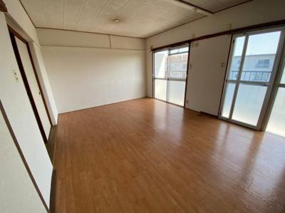 【居間・リビング】富田第二住宅64号棟 株式会社Roots
