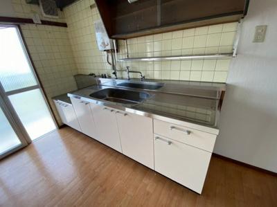 【キッチン】富田第二住宅64号棟 株式会社Roots