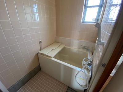 【浴室】富田第二住宅64号棟 株式会社Roots