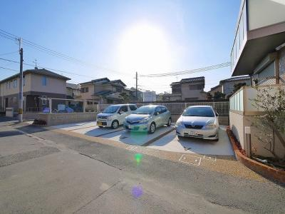 【駐車場】アグレアーブル