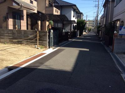 【前面道路含む現地写真】東奈良1丁目
