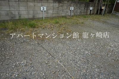 【駐車場】ウッディパレスフジⅡ