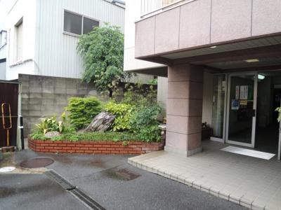 【エントランス】平野サニーハイツ