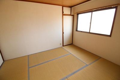 【和室】ホワイトシャトー板宿