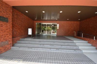 【エントランス】砧公園ヒミコマンション