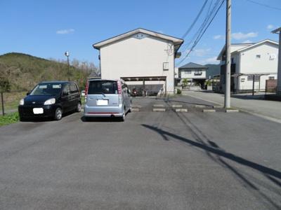 【駐車場】プラザハイツⅡ