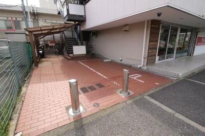 【駐車場】フラワーマンション
