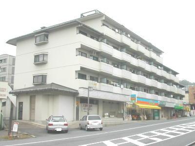 【外観】メゾン東生駒店舗