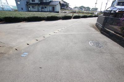 【前面道路含む現地写真】筑後市前津土地