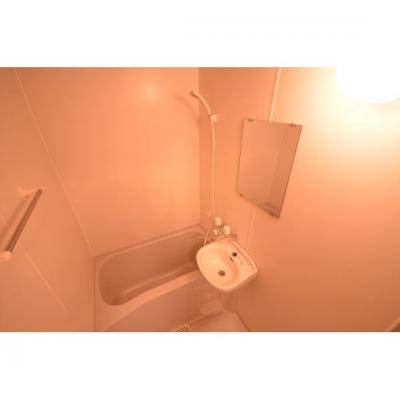 【浴室】セントレージ大橋