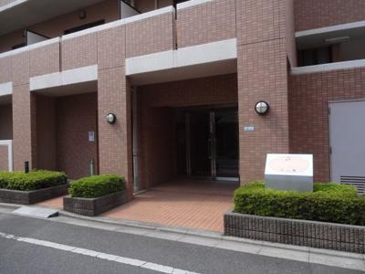 【エントランス】パストラーレ三ノ輪