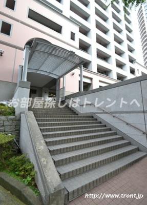 【エントランス】西戸山タワーホウムズノースタワー
