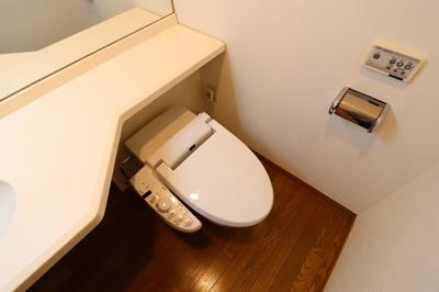 【トイレ】CREST