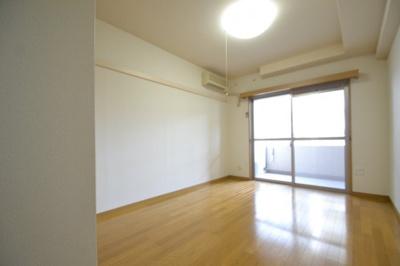 【内装】ウェルブ六甲道3番街4番館