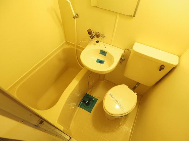 【浴室】メゾン・ド・シュルヴィー
