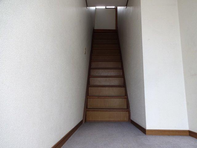 【玄関】旭ヶ丘3丁目ワンルーム