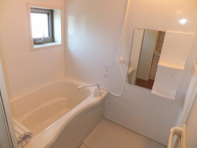 【浴室】ガーデンハウス国立Ⅱ