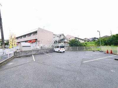 【駐車場】西山ハイツ