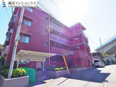 相鉄本線「上星川」駅より徒歩圏内の閑静な住宅街です。