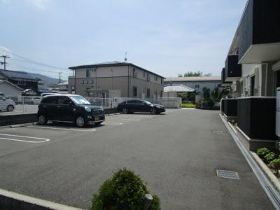 【駐車場】サンコート南新町