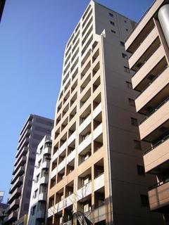 日神デュオステージ笹塚西館の外観です。