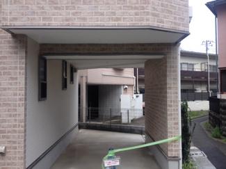 世田谷区池尻3丁目の新築戸建 カースペース