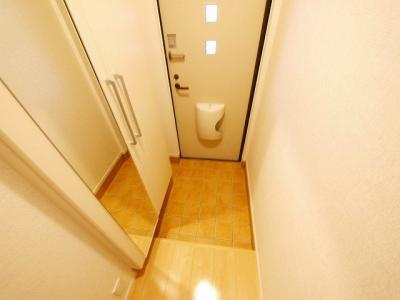 ゆったりとした玄関です