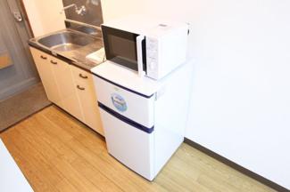 2ドア冷蔵庫+電子レンジ付
