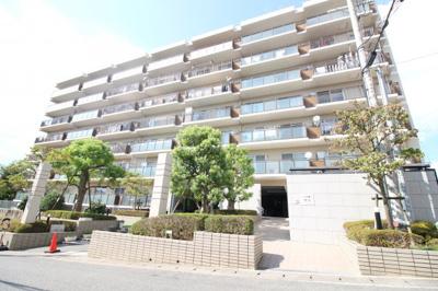7階建ての7階部分 東南角部屋で眺望・通風も良好です。
