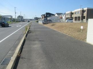木更津市金田東 土地 袖ヶ浦駅 南側約18m道路で小さいお子様に安心な歩道付き♪
