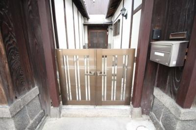 【エントランス】昭和町1丁目テラスハウス