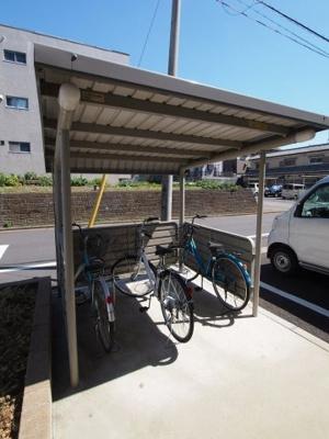 【プチメゾン】は屋根付き駐輪場有り!