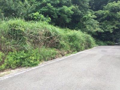【前面道路含む現地写真】【売地】岩出第二中学校区・56058