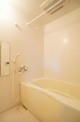 【浴室】サンライフヴィラ本宮 シャーメゾン