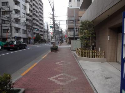 【周辺】ピロス上野松が谷