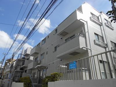 渋谷本町マンションの外観です。